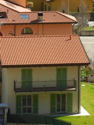Particolare della palazzina con vista dell'appartamento 3.